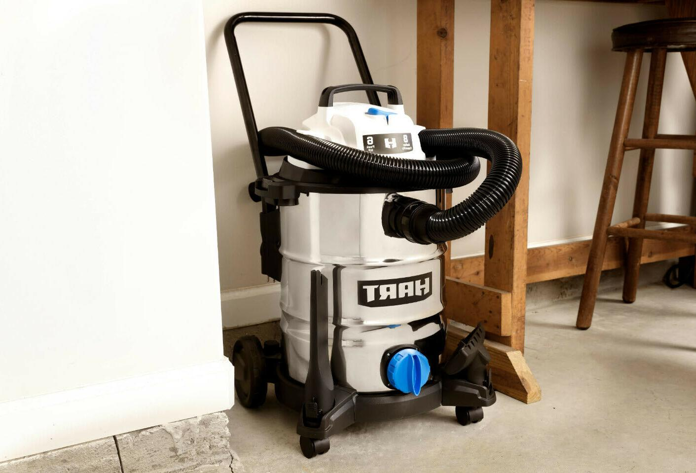 VACUUM 8 6.0 HP With Attachments